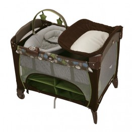 Graco Playard with Newborn Napper Station